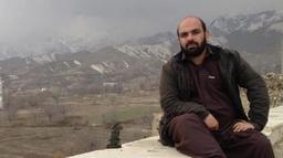 दोस्रोपटक अफगानिस्तान छाड्दै गर्दा देखेँ– सारा मानिस भाग्न लाइनमा छन्