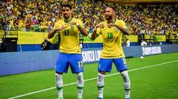 विश्वकप छनोट : उरुग्वेको पोस्टमा ब्राजिलको चार गोल