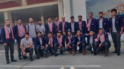 राष्ट्रिय क्रिकेट टोली स्वदेश फर्कियो